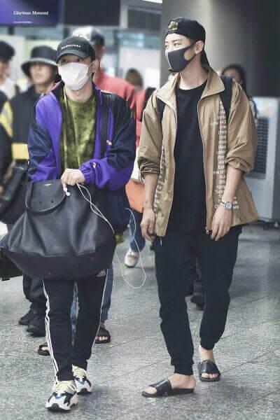 EXOチャニョルとチェンの空港画像