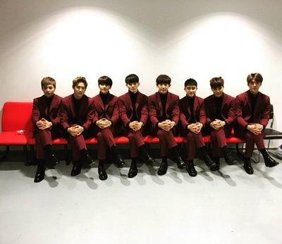 EXOメンバーの集合写真画像